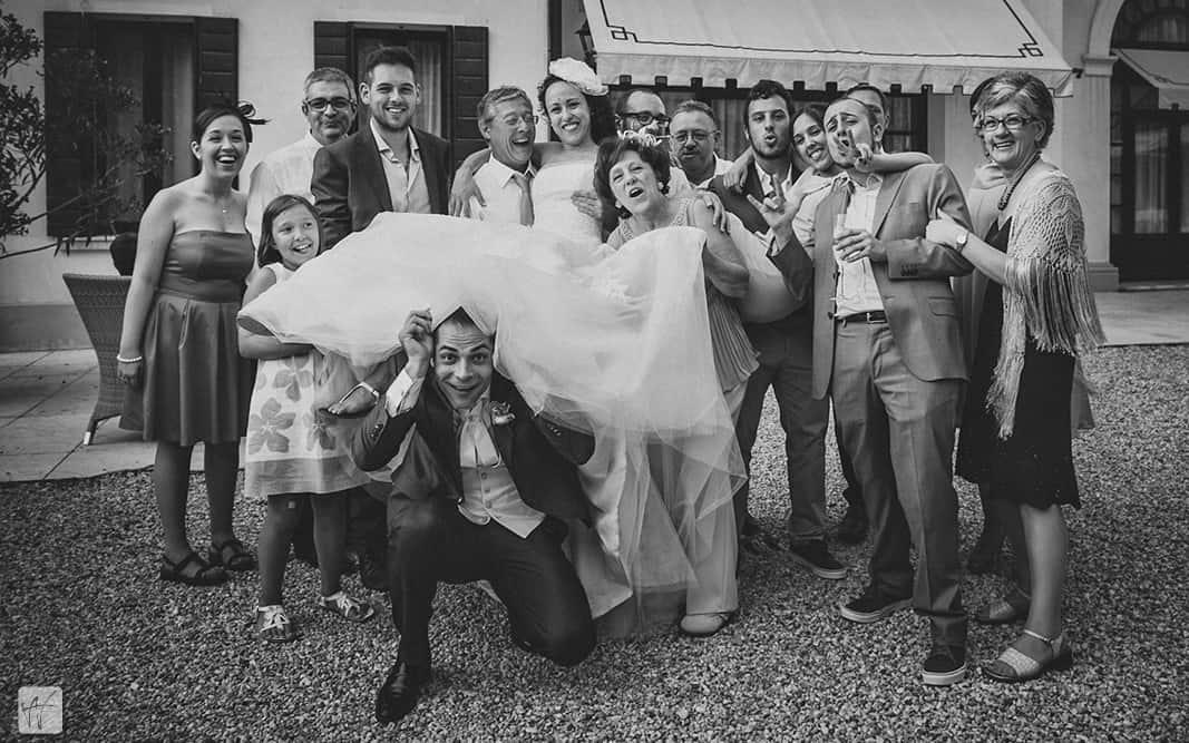 37 foto di gruppo villa braida ricevimento matrimonio Matrimonio Erica e Antonio, from London to Italy