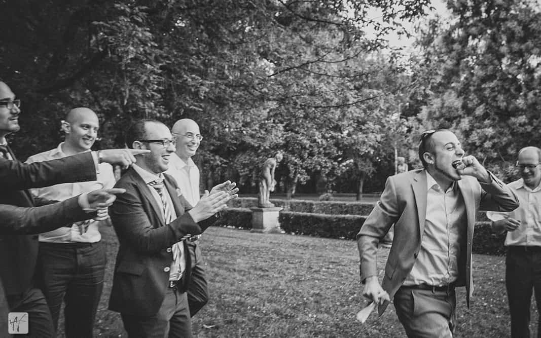 41 lancio della giarrettiera villa braida ricevimento matrimonio Matrimonio Erica e Antonio, from London to Italy