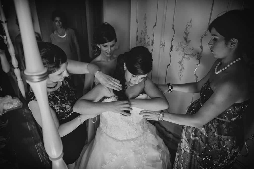 06 vestizione sposa matrimonio rovigo Lara + Mattia | Matrimonio Padova   Rovigo