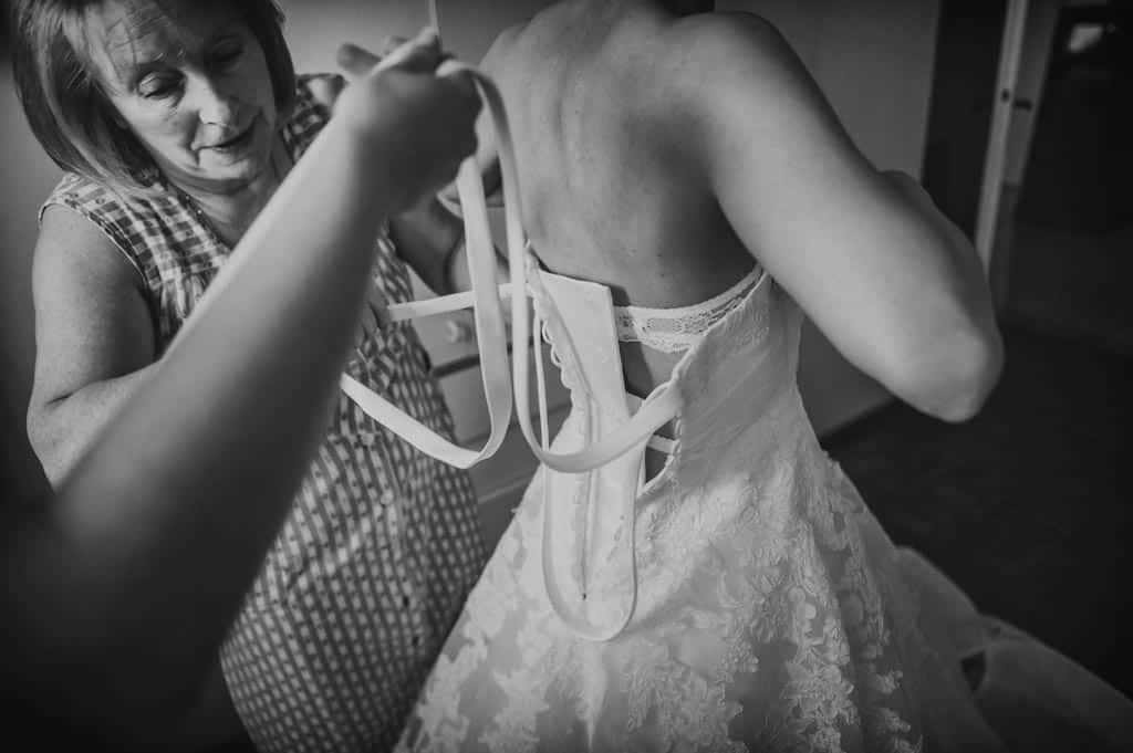 07 vestizione sposa dress padova Eleonora + Filippo | Matrimonio Rovigo   Padova