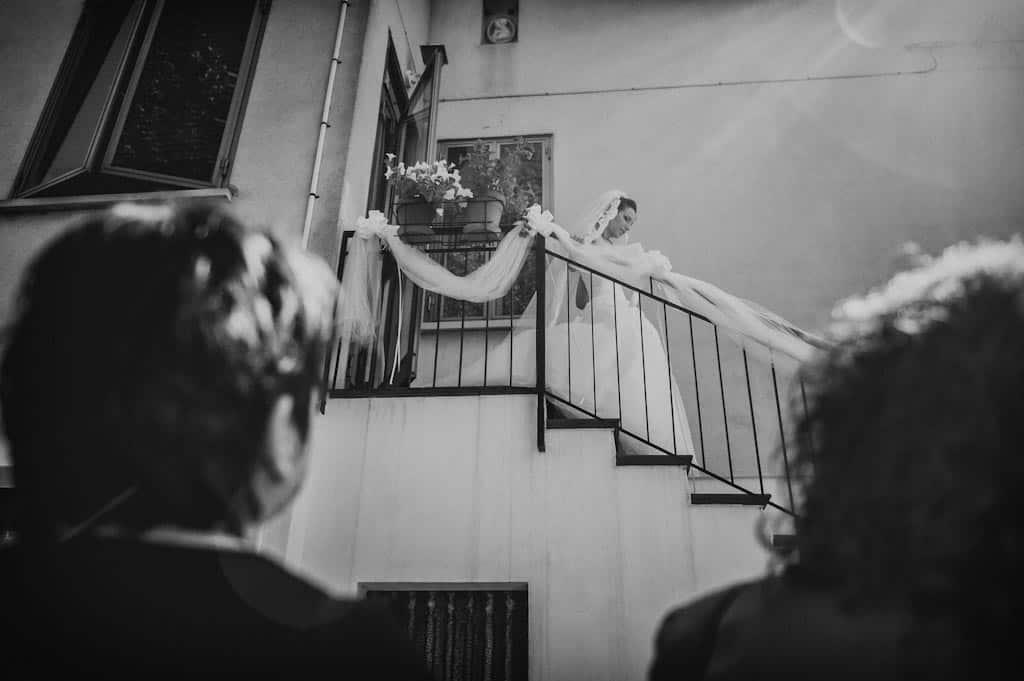 13 casa sposa scende scale Eleonora + Filippo | Matrimonio Rovigo   Padova