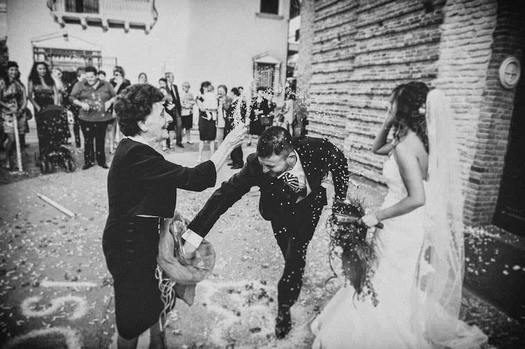 23 lancio del riso nonna Laura + Marco | Matrimonio a Rovigo