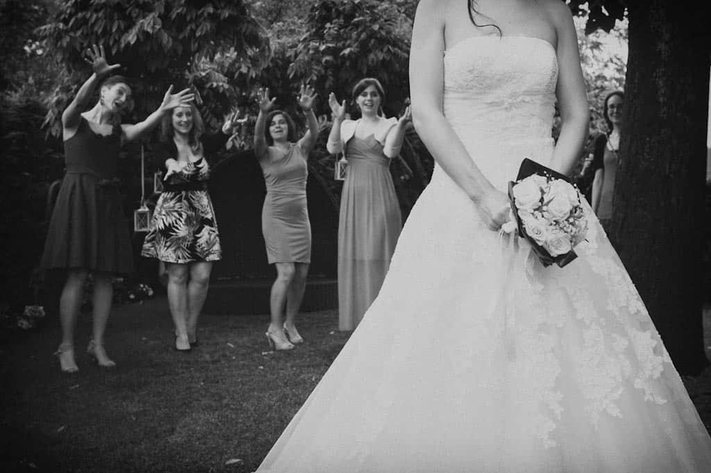 34 lancio del bouquet Eleonora + Filippo | Matrimonio Rovigo   Padova