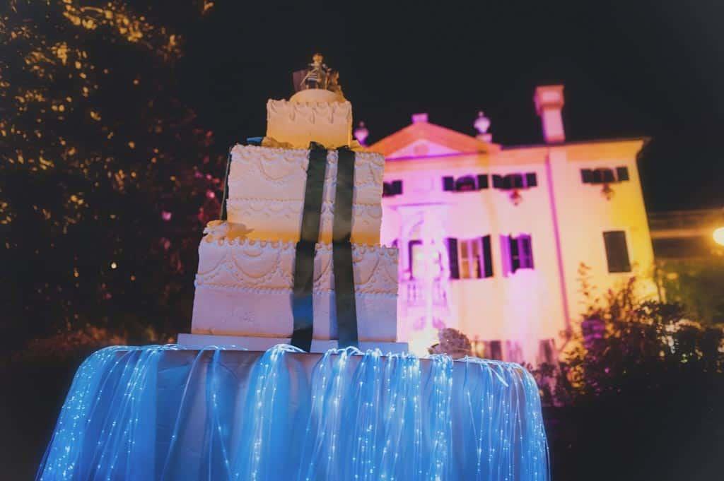 37 torta nuziale villa selmi rovigo Lara + Mattia | Matrimonio Padova   Rovigo