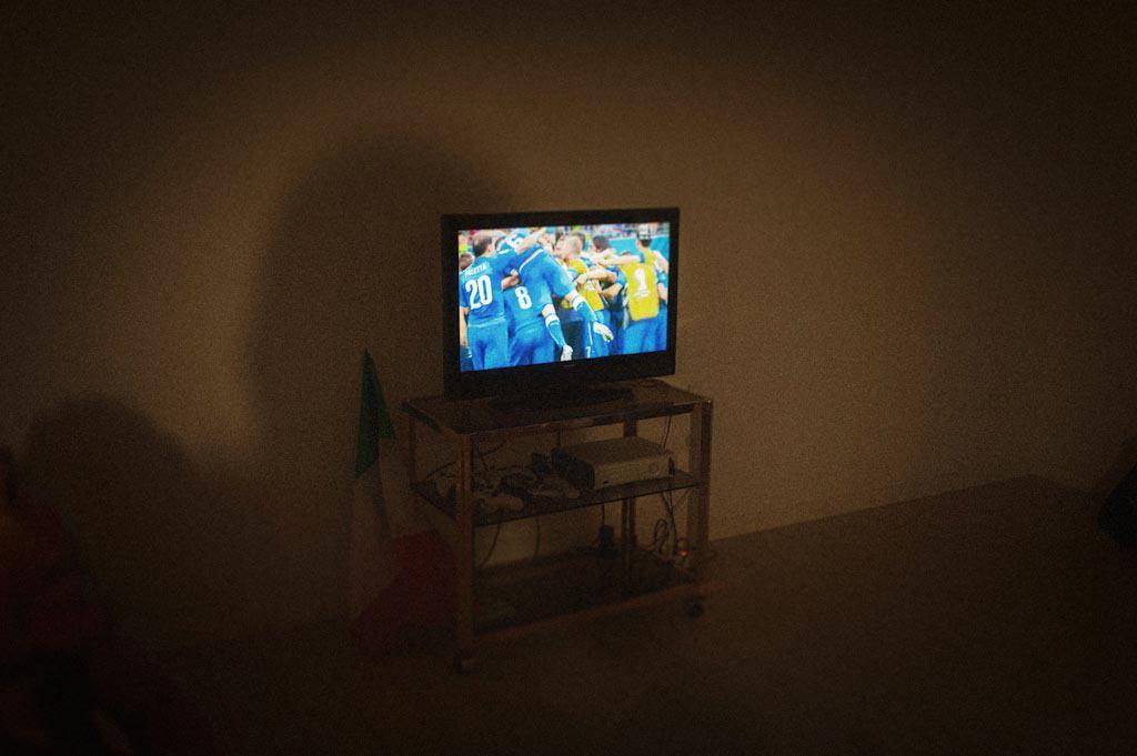 45b esultanza giocatori televisione partita calcio mondiali Eleonora + Filippo | Matrimonio Rovigo   Padova