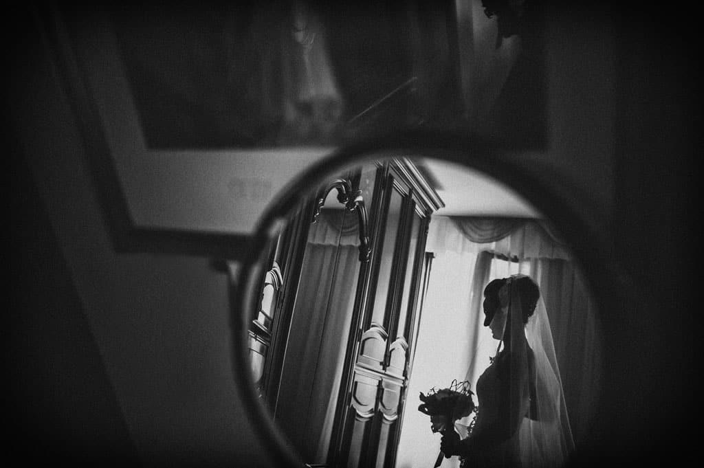 04 riflesso sposa matrimonio fotografo Monica + Niccolò | matrimonio padova, colli euganei