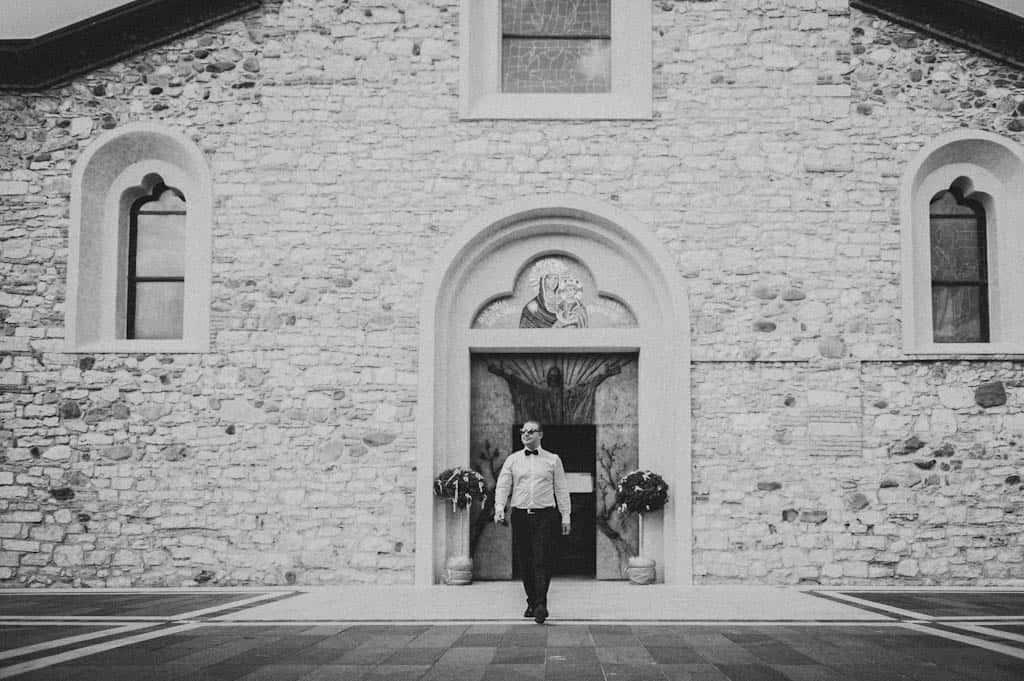 14 chiesa sirmione santa maria di lugana Simona + Francesco | Matrimonio Lago di Garda