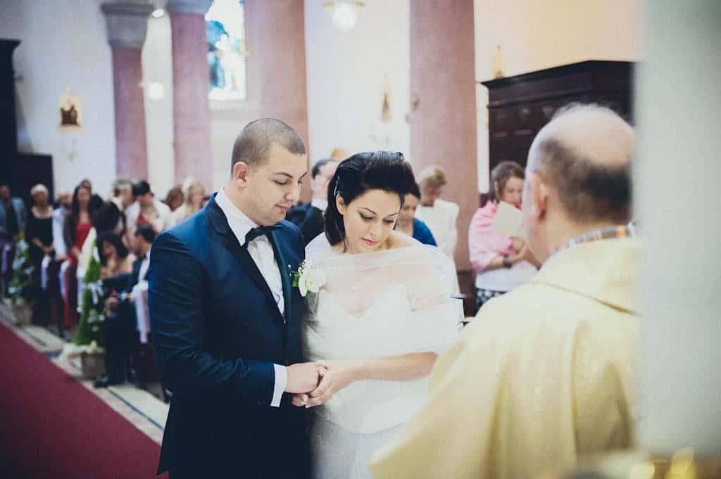 21 sposi scambio fedi Simona + Francesco | Matrimonio Lago di Garda