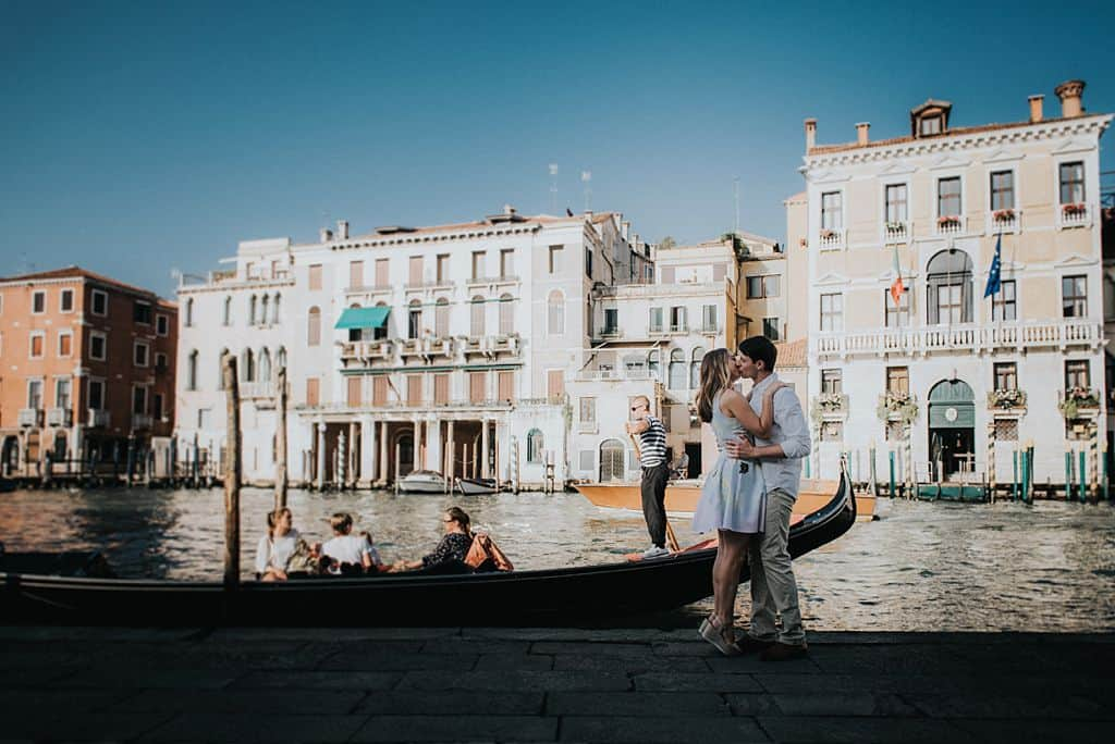 26 engagement in venice photo shooting