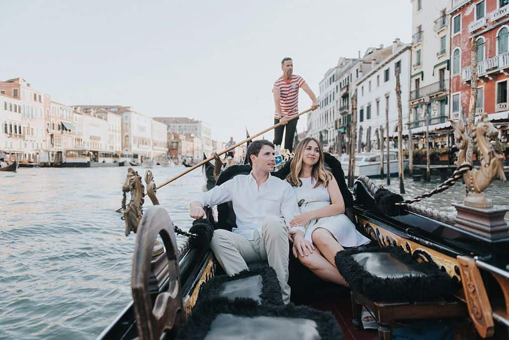 37 engagement in venice photo shooting