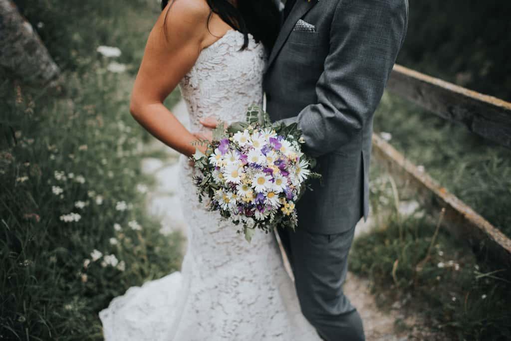 127 matrimonio in chiesa svizzera Rychiee + Dominik | Saas Fee   Svizzera   Matrimonio sulle Alpi