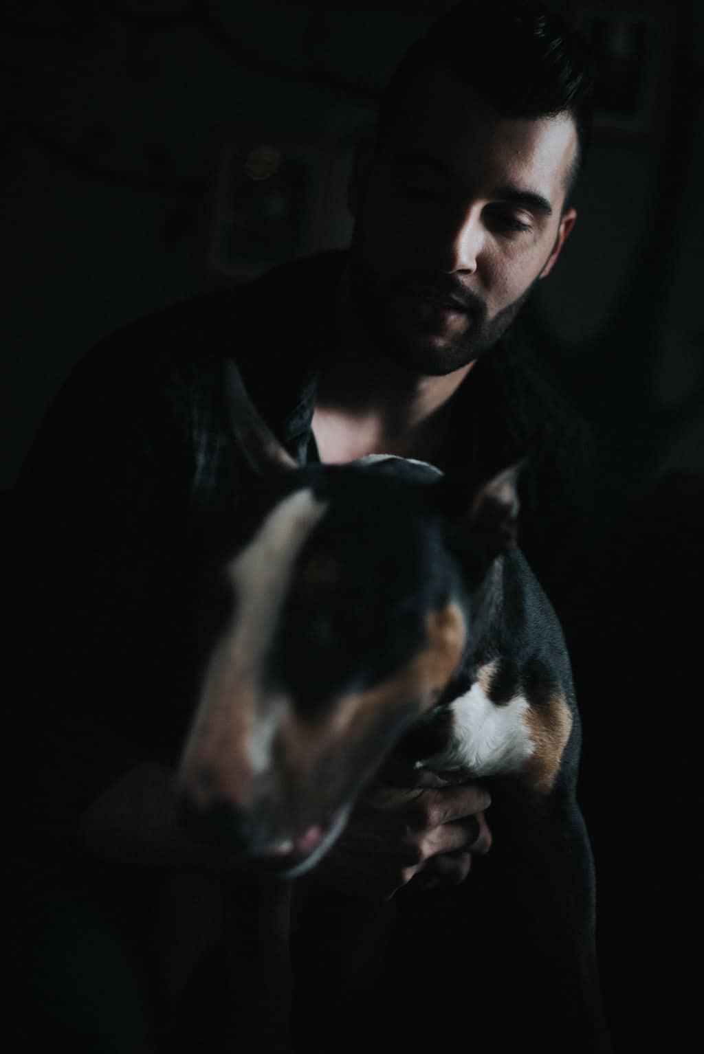 255 fotografo cani Servizio fotografico per fidanzati   Hipster Rock, Tatuaggi e Bull Terrier