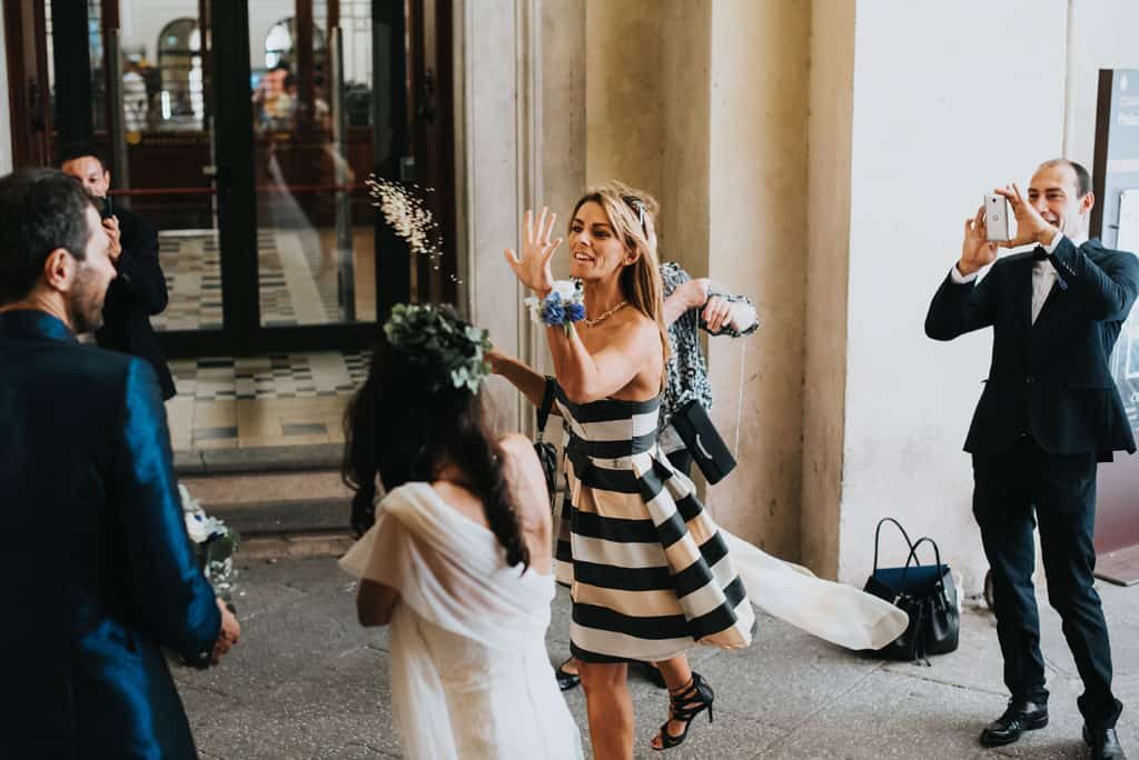 437 municipio di bologna matrimonio Matrimonio intimo e crazy   Fotografo Matrimoni Bologna