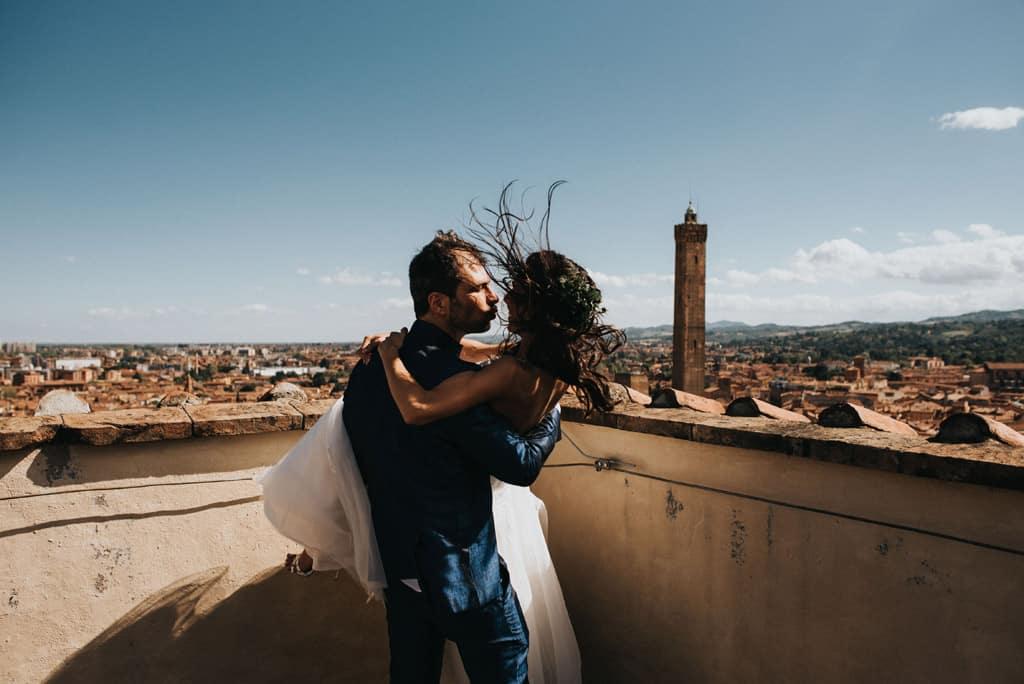 476 bologna torre prendiparte Matrimonio intimo e crazy   Fotografo Matrimoni Bologna