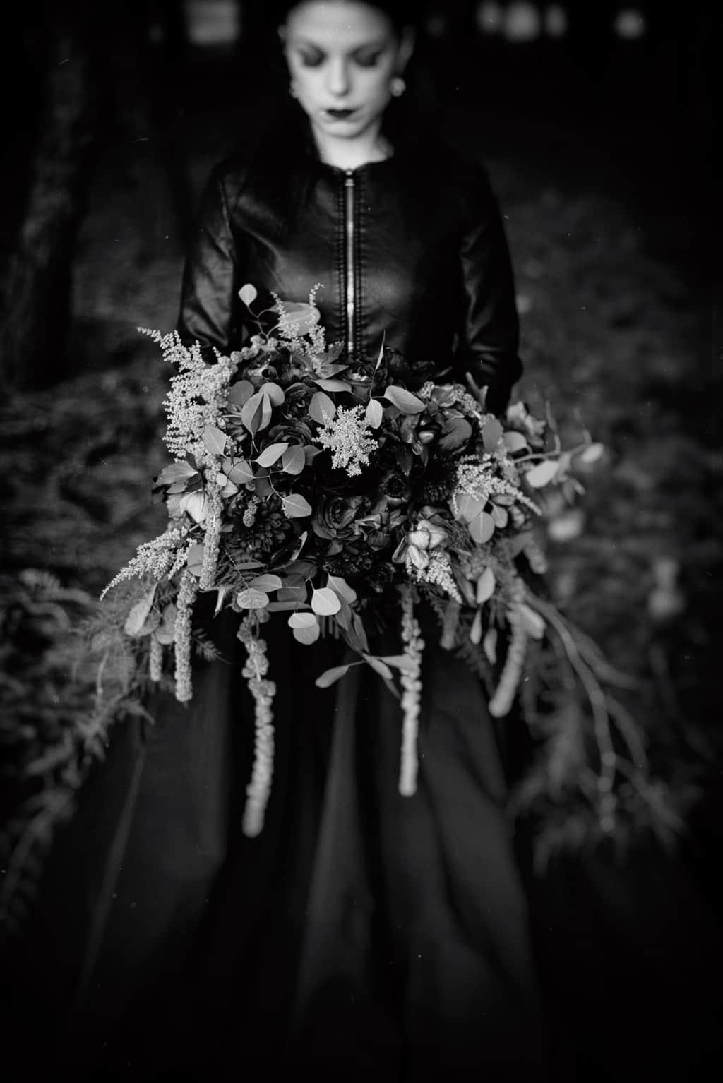 574 sposa goth Im not complete   Breve racconto fotografico dallo stile Dark