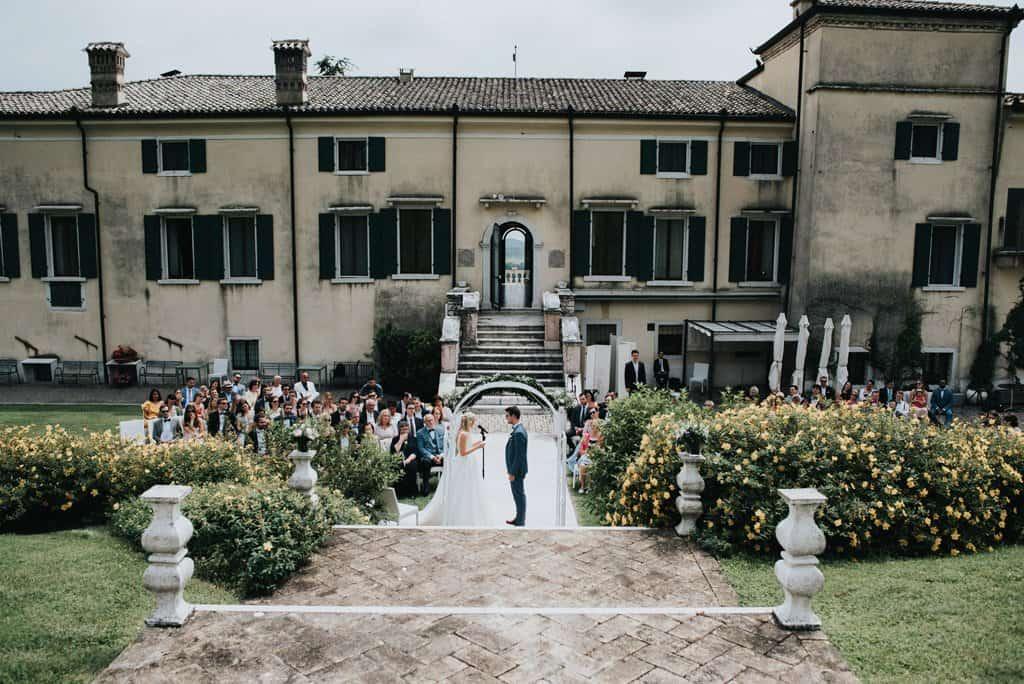 776 matrimonio civile all aperto Da Monaco alla Valpolicella   matrimonio Villa Cariola