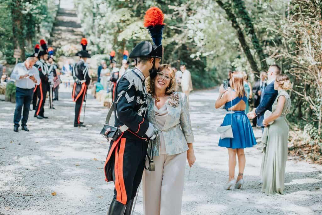 090 matrimonio carabinieri Perchè un carabiniere si sposa in divisa? Matrimonio a Frassanelle